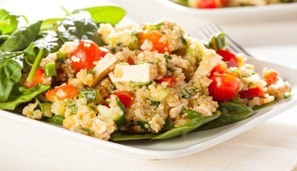 Tofu mit Graupen und Tomaten