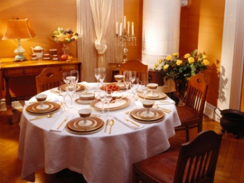 Geschirr, Besteck und Gläser