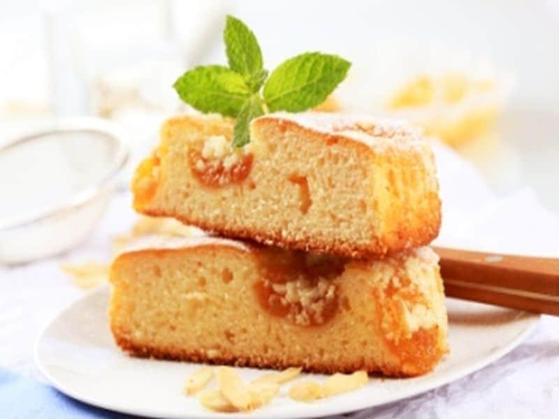 Aprikosen-Mandel Kuchen mit Blätterteig Rezept