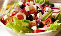 Coban Salatasi Rezept