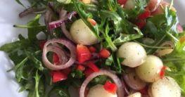 Melonen - Salat mit Rucola und Parmaschinken